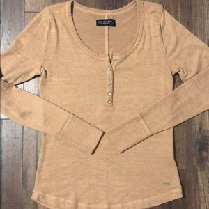 Abercrombie cozy  Henley worn and washed once!